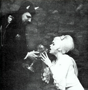 Jayne Mansfield: publicity whore, rumoured Satanist, Hollywood sex goddess.