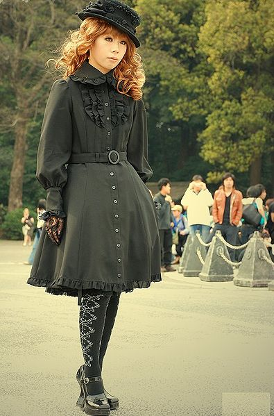 The Gothic Lolita, examined. (1/5)